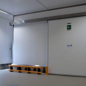 Porta frigo scorrevole automatica 01